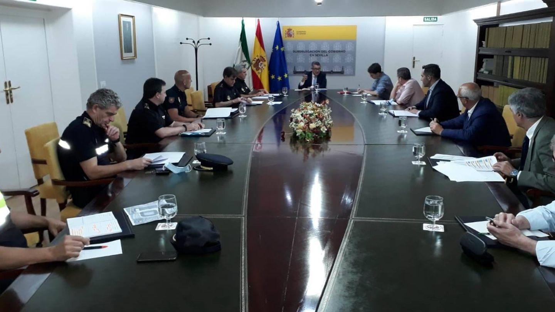 Reunión en la Subdelegación del Gobierno en Sevilla para establecer el protocolo de seguridad.