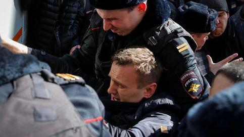La policía rusa detiene al líder opositor Navalni en protestas contra la corrupción