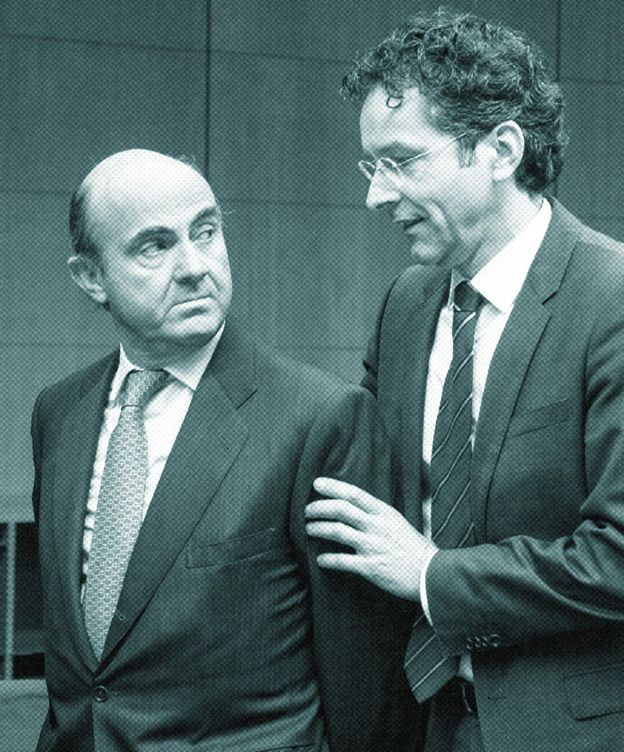 Foto: El presidente del Eurogrupo, Jeroen Dijsselbloem, con el ministro de Economía, Luis de Guindos. / Reuters