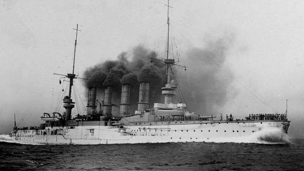 Foto: El SMS Scharnhorst, busque insignia de Alemania en el I Guerra Mundial. (US Office of Naval Intelligence)