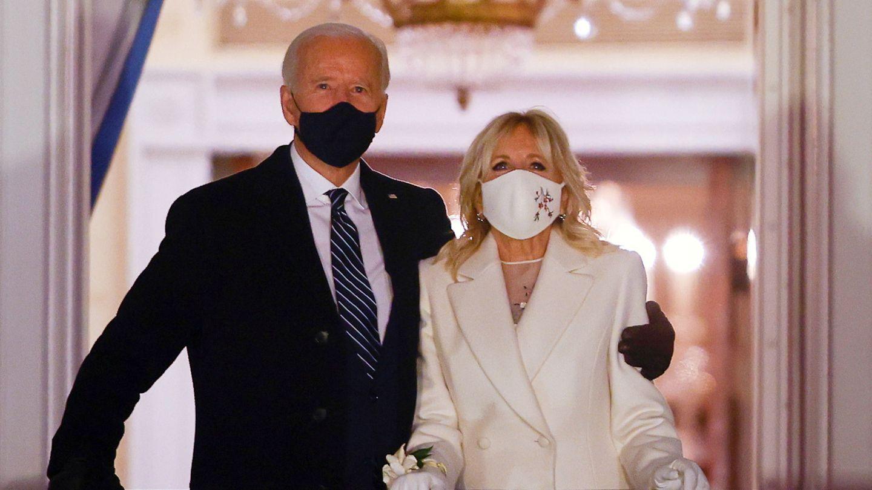 Joe Biden, junto a la primera dama, Jill Biden. (Reuters)