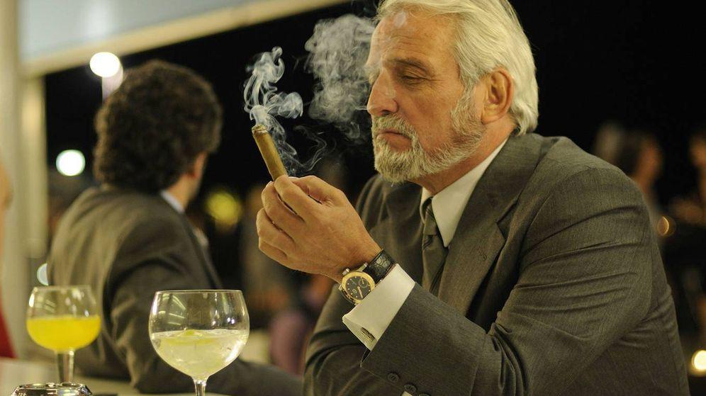 Foto: Pepe Sancho en una escena de 'Crematorio' (2011), la serie que revolucionó la ficción española
