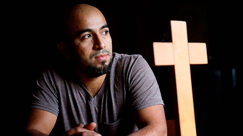 Sale de una iglesia en Estados Unidos después de casi 4 años escondido de Trump