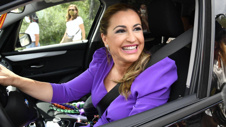 Blanca de Novales a su llegada a la boda de Alejandra Ruiz Rato y Ernesto de Novales. (Gtres)