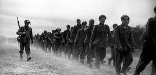 Post de La imagen que muestra cómo Robert Capa hizo su gran foto de la II Guerra Mundial