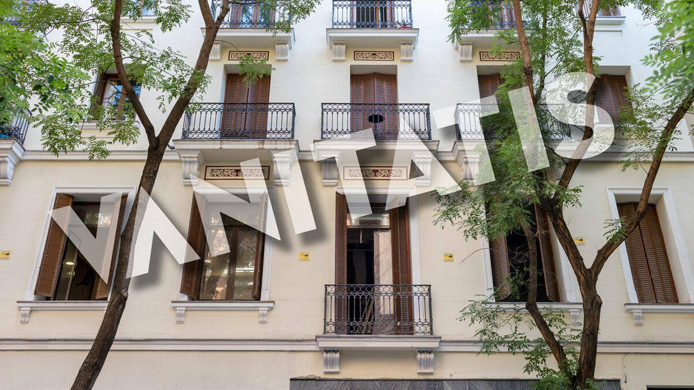 Fachada de la nueva casa de los padres de Sassa de Osma. (Ram Press)