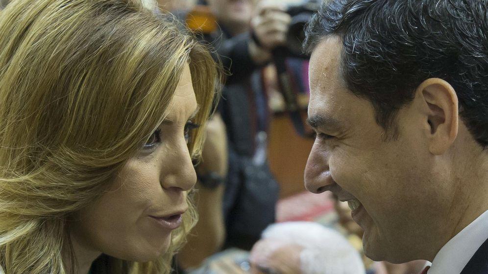 Foto: La presidenta de la Junta de Andalucía en funciones, Susana Díaz, y el líder del PP-A, Juanma Moreno. (Efe)