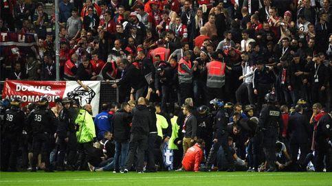 Una veintena de heridos tras romperse una valla en el Amiens-Lille de la Ligue 1