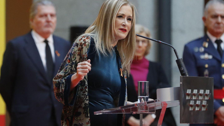 La presidenta de la Comunidad de Madrid,Cristina Cifuentes, durante su intervención en la recepción anual con motivo del Día de la Constitución. EFE
