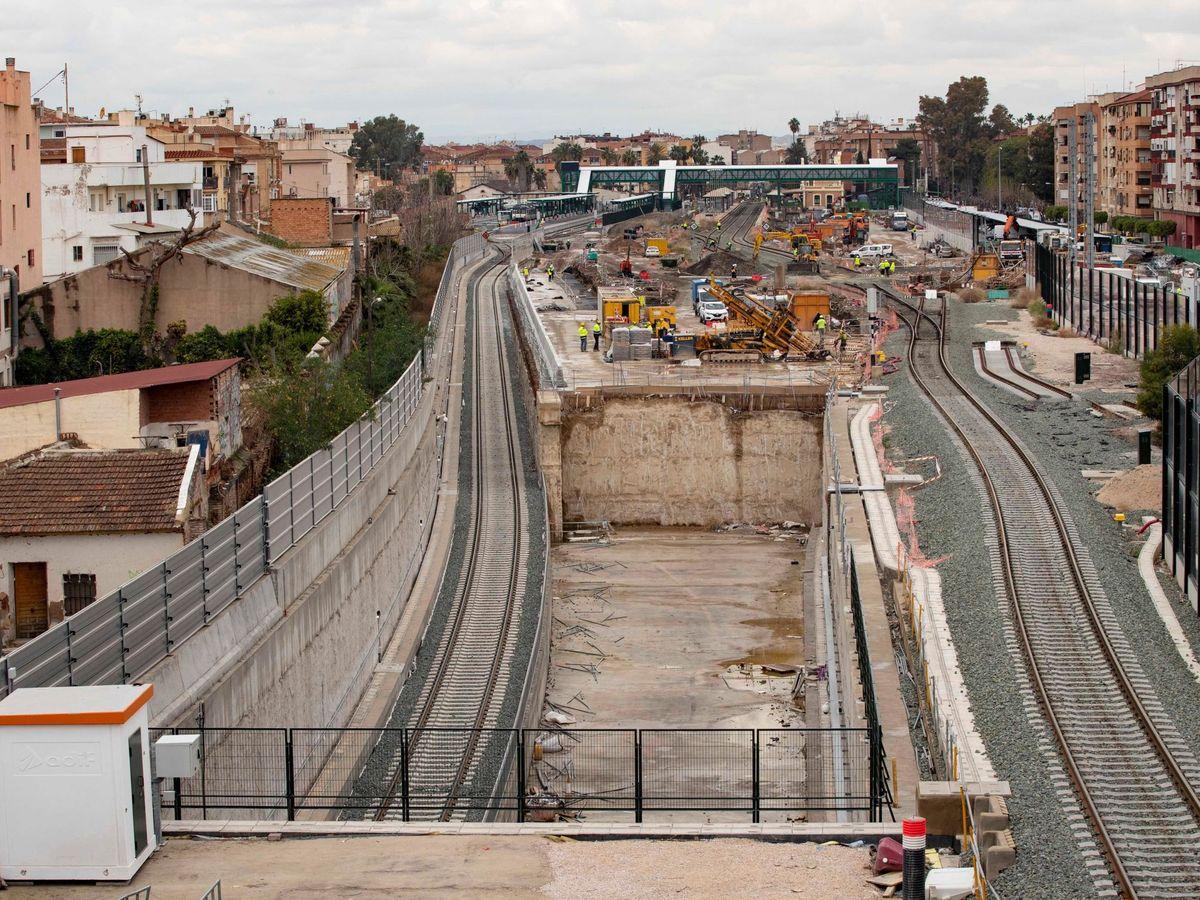 Foto: Vista de la estación de tren del Carmen-Murcia, gestionada por Adif. (EFE)