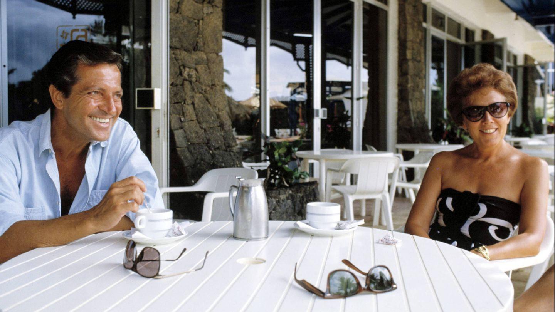 Adolfo Suárez y su mujer Amparo Illana en sus verano en Mallorca. (Korpa)