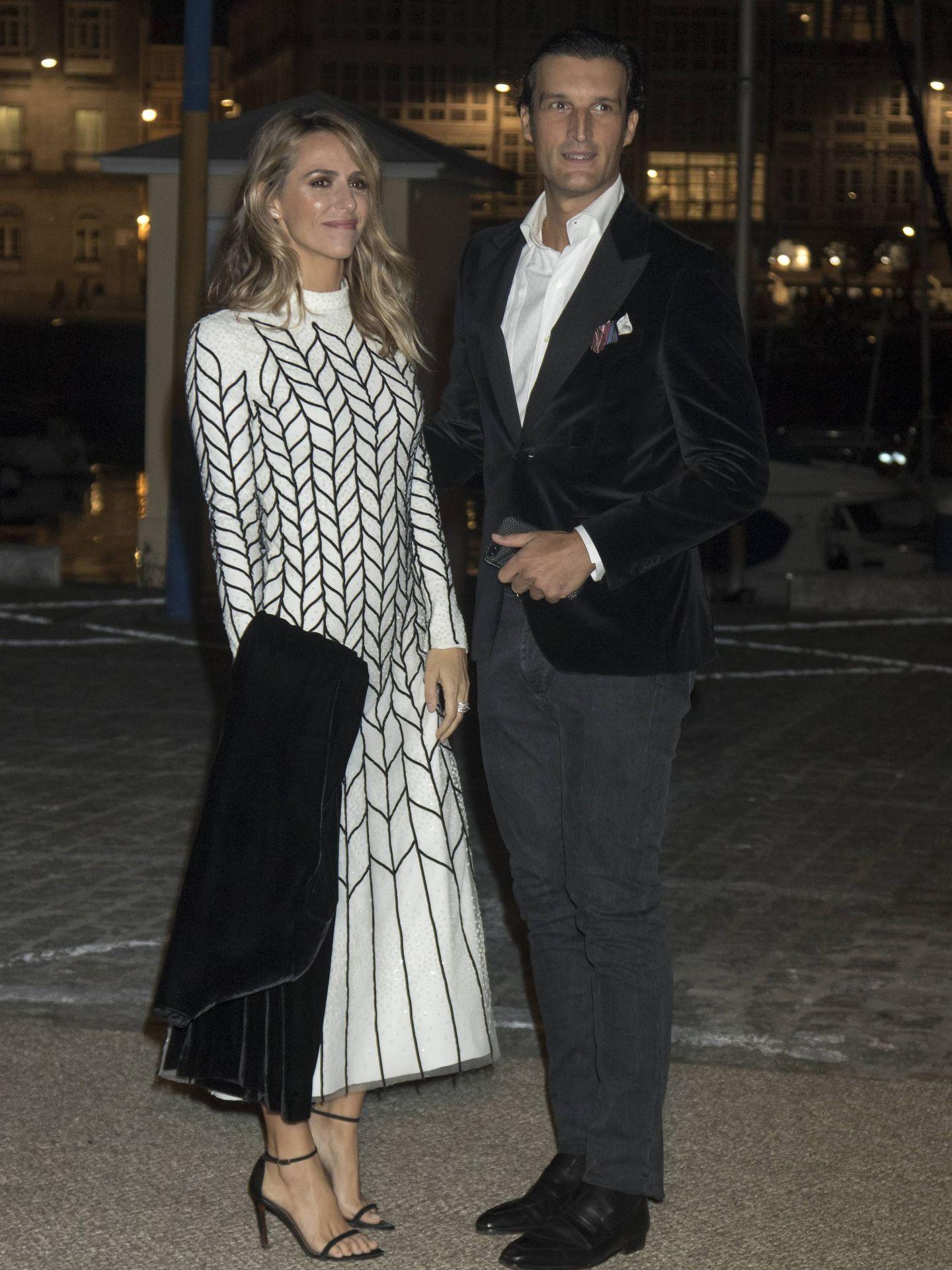 Laura Vecino y Rafa Medina en la boda de Marta Ortega y Carlos Torretta. (Cordon Press)
