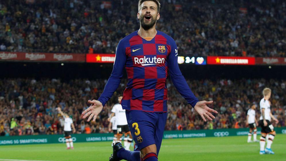 Foto: Gerard Piqué celebrando un gol ante el Valencia. (Reuters)