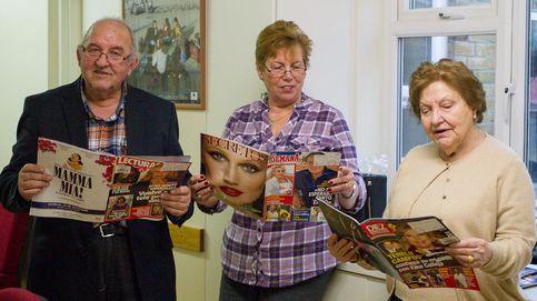 Tres jubilados españoles en el centro social de Londres. (Foto: Rita A. Tudela)