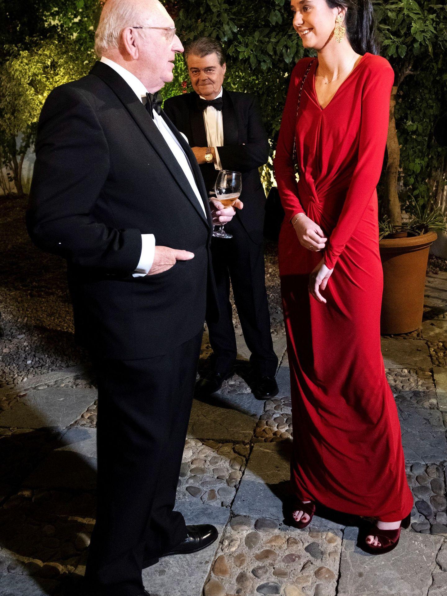 Victoria Federica, con el vestidazo rojo. (EFE)