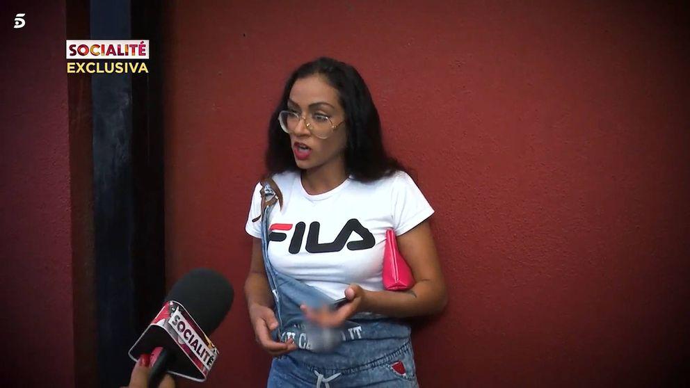 Dakota ('Supervivientes') se encara con la reportera del programa de María Patiño
