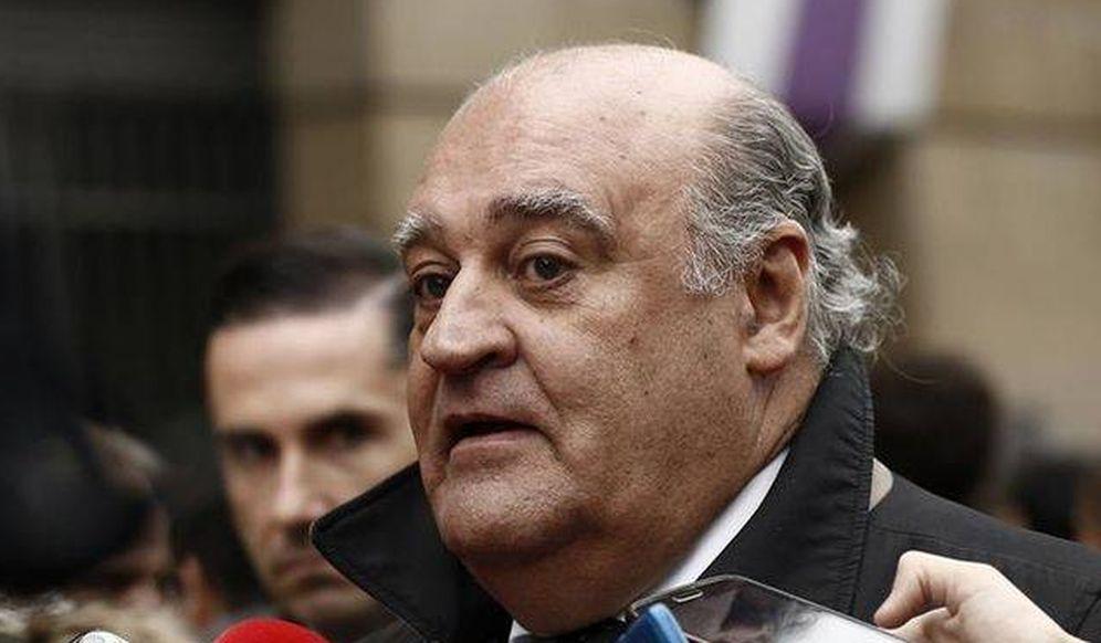 Foto: El presidente del Tribunal Superior de Justicia de Navarra, Joaquín Galve, atiende a los medios de comunicación. (EC)