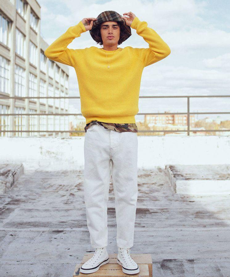 Foto: Ponte a tu look un toque masculino. (Zara)