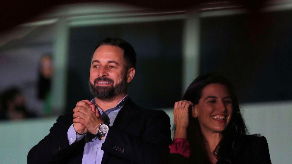 Foto: Santiago Abascal y Rocío Monasterio. (Reuters)