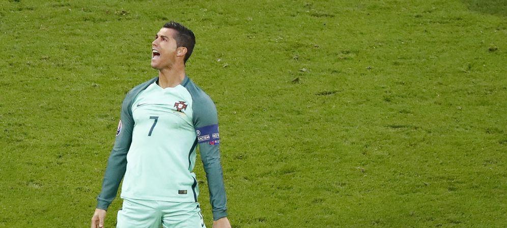 Foto: Cristiano Ronaldo celebra el pase a la final de la Eurocopa de Francia (Reuters)