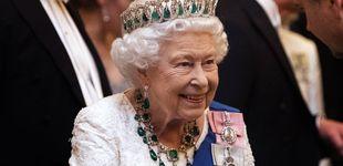 Post de Isabel II y el misterio detrás del collar de esmeraldas que nunca antes había lucido