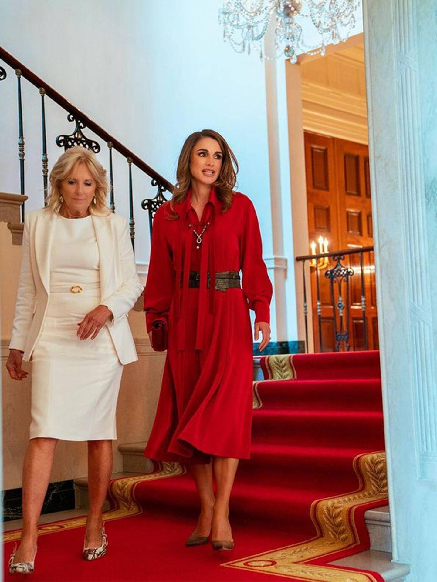 Rania de Jordania y Jill Biden, durante su encuentro en la Casa Blanca. (Instagram @queenrania)