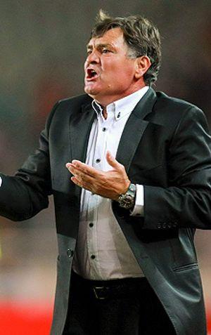 Irak derrota a China en el descuento y deja al equipo de Camacho fuera del Mundial