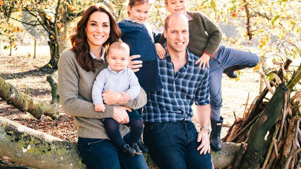 El entrañable christmas de Guillermo y Kate Middleton con Louis como protagonista