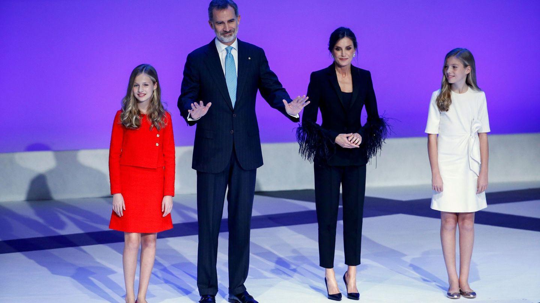 Los Reyes y sus hijas. (EFE)
