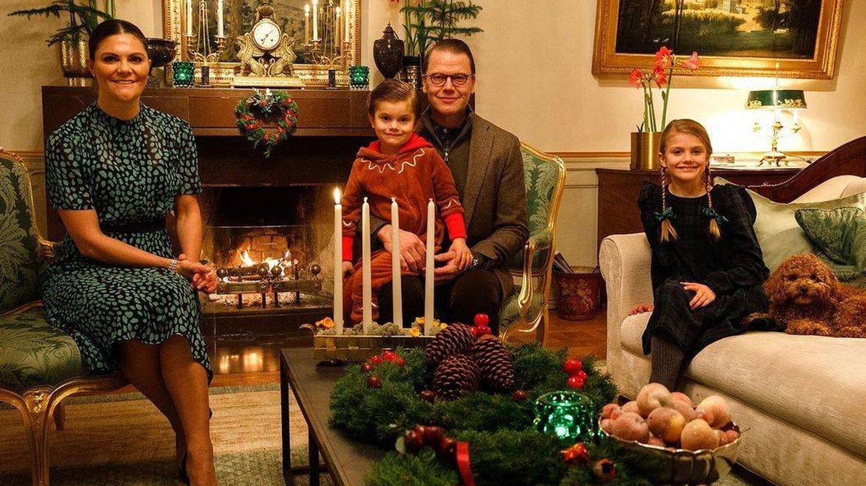 Victoria y su familia, hace unos días en su casa. (Redes Casa Real de Suecia)