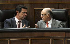 Montoro revienta la 'reforma Soria' para preservar el déficit público