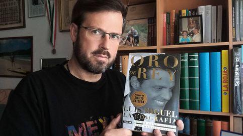 Entrevistamos al biógrafo de Luis Miguel: Su madre está muerta y él lo sabe