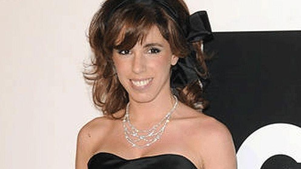 Anita Aznar: ¿sólo un móvil de 1.300 euros?