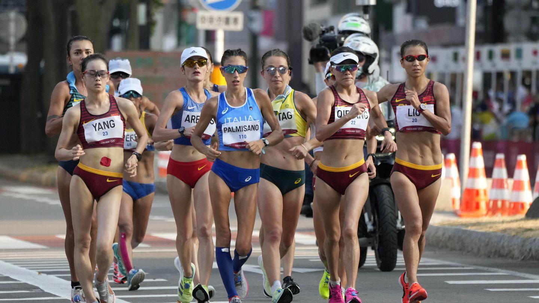 El grupo de cabeza de los 20 km marcha. (EFE)