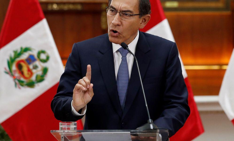 Foto: Fotografía de archivo fechada el 27 de septiembre de 2019 del presidente de Perú, Martín Vizcarra, en Lima (Perú).(EFE)