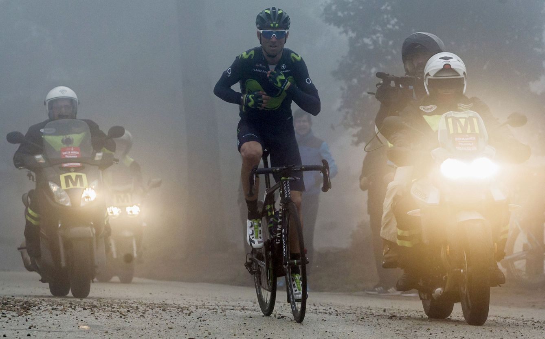 Foto: Valverde en la penumbra de la montaña murciana (Marcial Guillén/EFE).