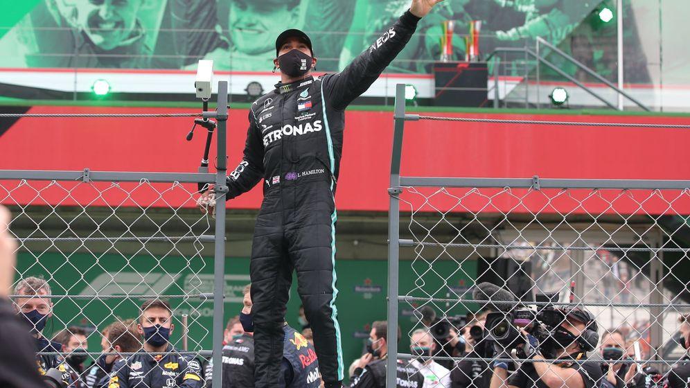 Foto: Hamilton superó el récord de victorias de Michael Schumacher en la F1. (Reuters)