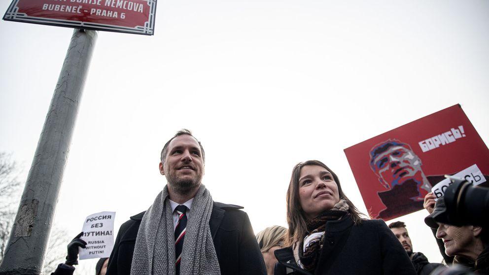 Ricina y una polémica estatua: el presunto complot ruso para asesinar a un alcalde