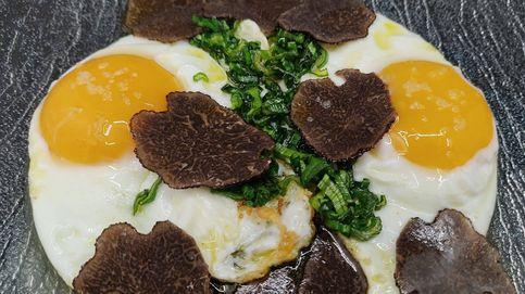 Desayuno con diamantes: huevos fritos con trufa negra