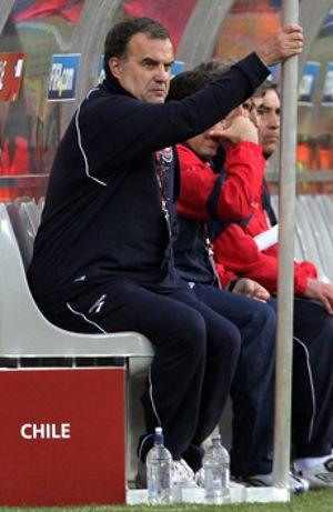 Marcelo Bielsa se acerca a la Liga y entra en el 'casting' del Sevilla