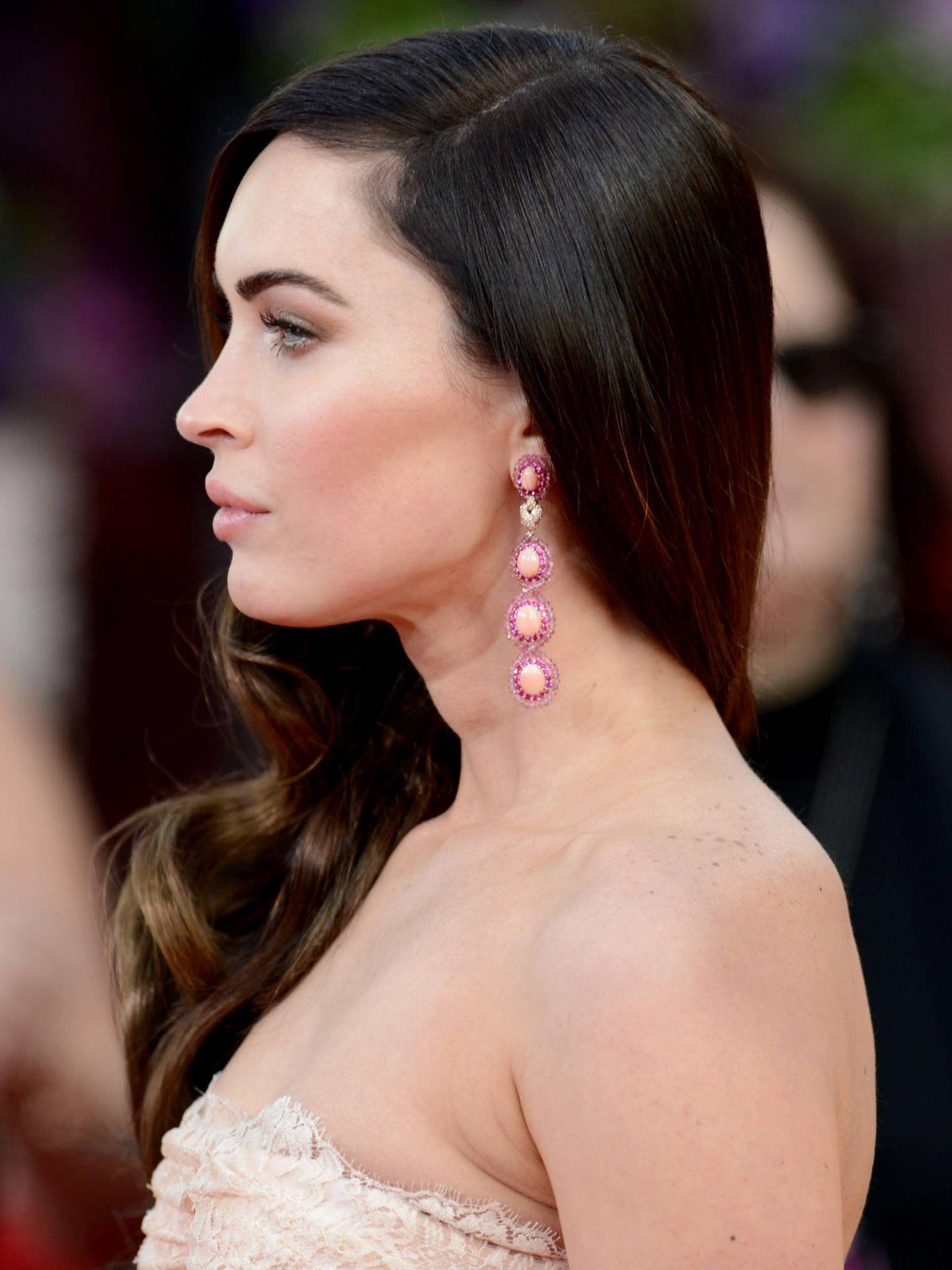 Detalle del perfil de Megan Fox en los Globos de Oro de 2012. (Getty)