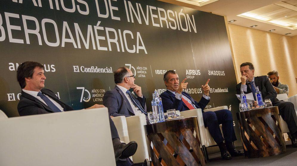 Foto: El consejero delegado de Amadeus, Luis Maroto, el presidente de Iberia, Luis Gallego, y el presidente de Airbus España, Fernando Alonso. (Foto: Jorge Álvaro Manzano)