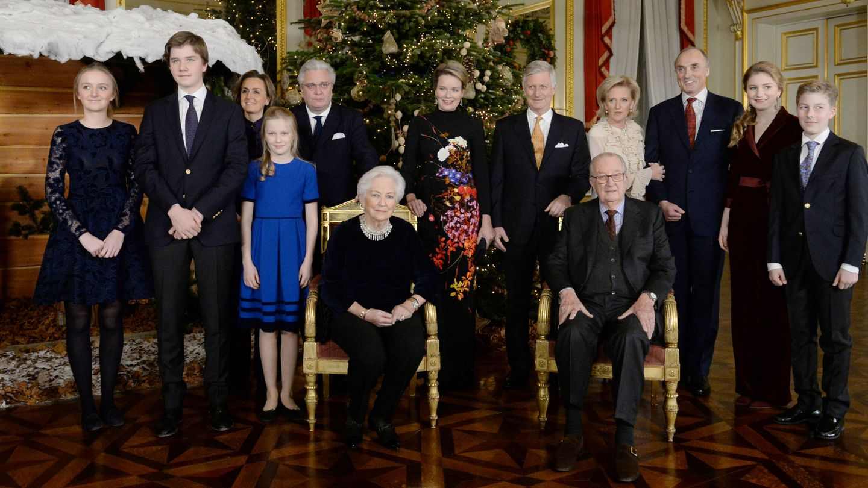 Alberto y Paola, con sus hijos y algunos de sus nietos. (Reuters)