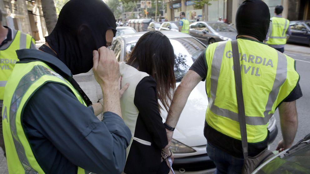 Varios detenidos en la operación contra una red china de tráfico personas