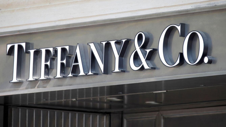 LVMH evita ir a los tribunales: comprará Tiffany por 13.400 M, rebajada un 2,6%
