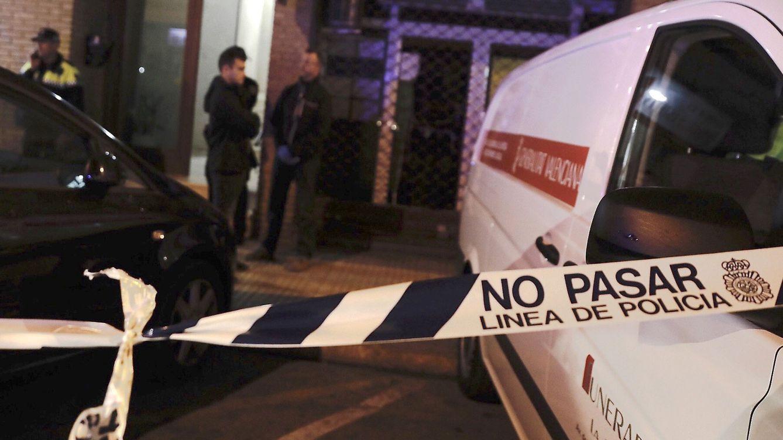 Un hombre degüella a su hija de dos años en Alzira (Valencia) e intenta suicidarse