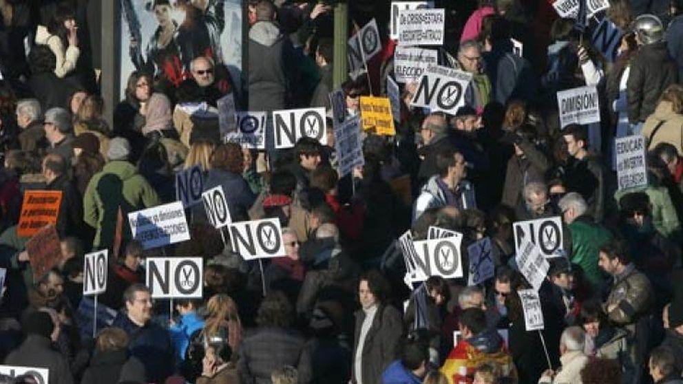 Miles de ciudadanos confluyen en Madrid contra los recortes y la corrupción