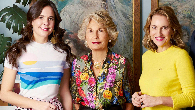 Daria Botín, con su abuela materna y su tía. (Cortesía)