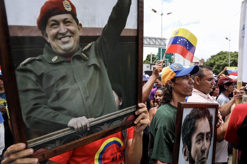 Foto: Chavistas marchan para apoyar la instalación de la Asamblea Constituyente, hoy, 4 de agosto de 2017. (EFE)
