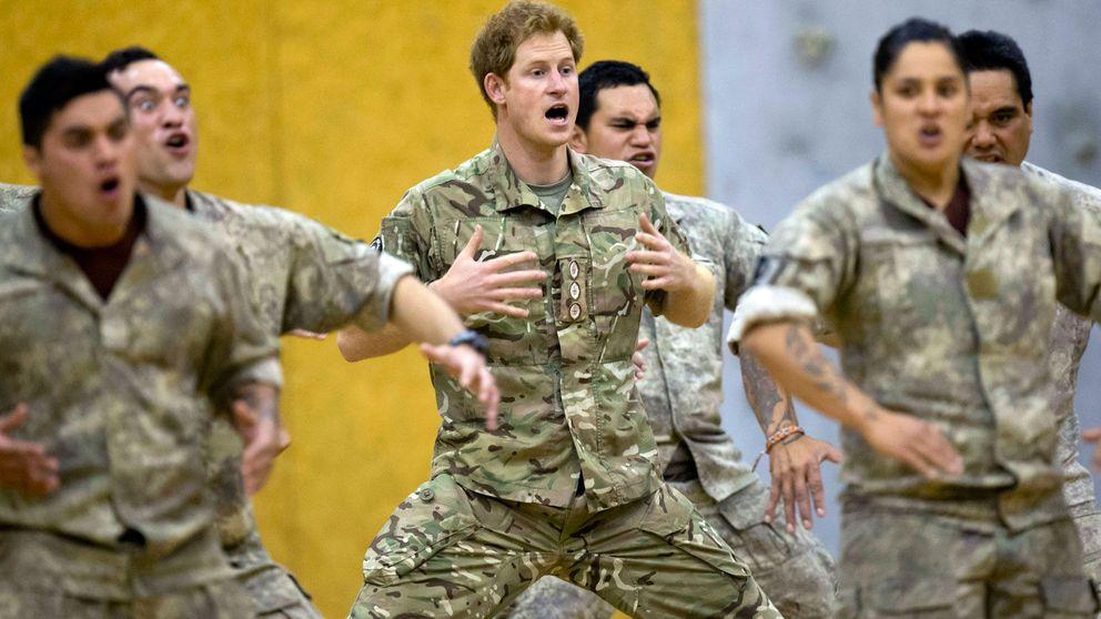 El príncipe Harry muestra su lado más guerrero con una danza maorí